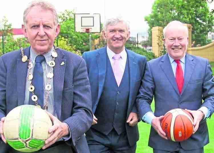 Mayor Of Limerick Michael Sheahan, Principal Michael Ryan and Ei Electronics CEO Mick Guinee,